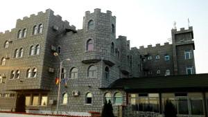 Banja-Ždrelo-bazeni-sa-toplom-vodom-Mlavske-terme-_hotel